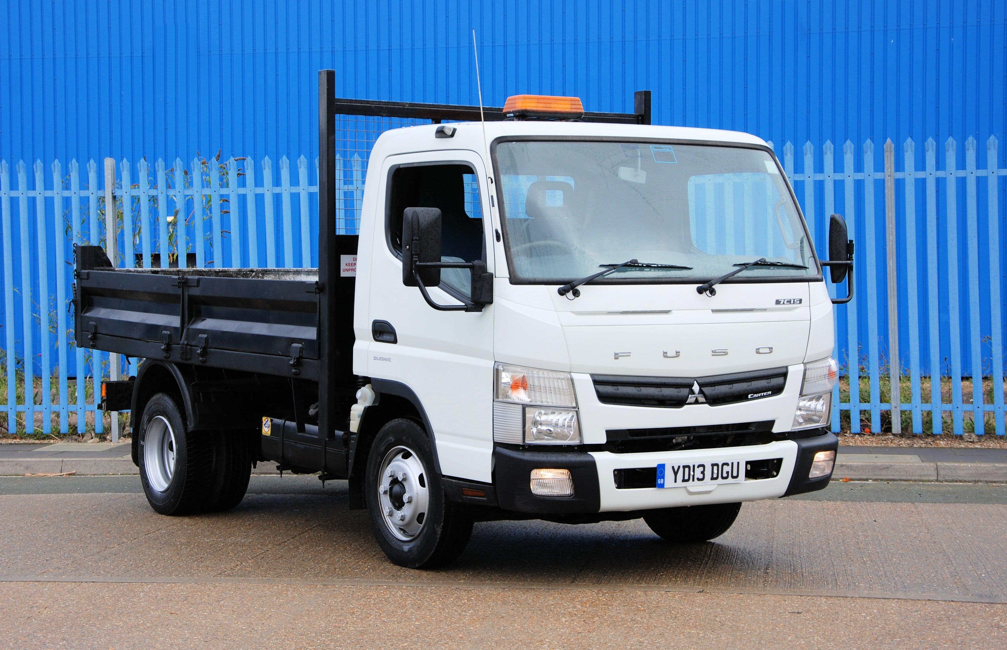 mitsubishi fuso canter 7c15 2013 13 7 5 ton dropside tipper euro 5 chris hodge trucks. Black Bedroom Furniture Sets. Home Design Ideas